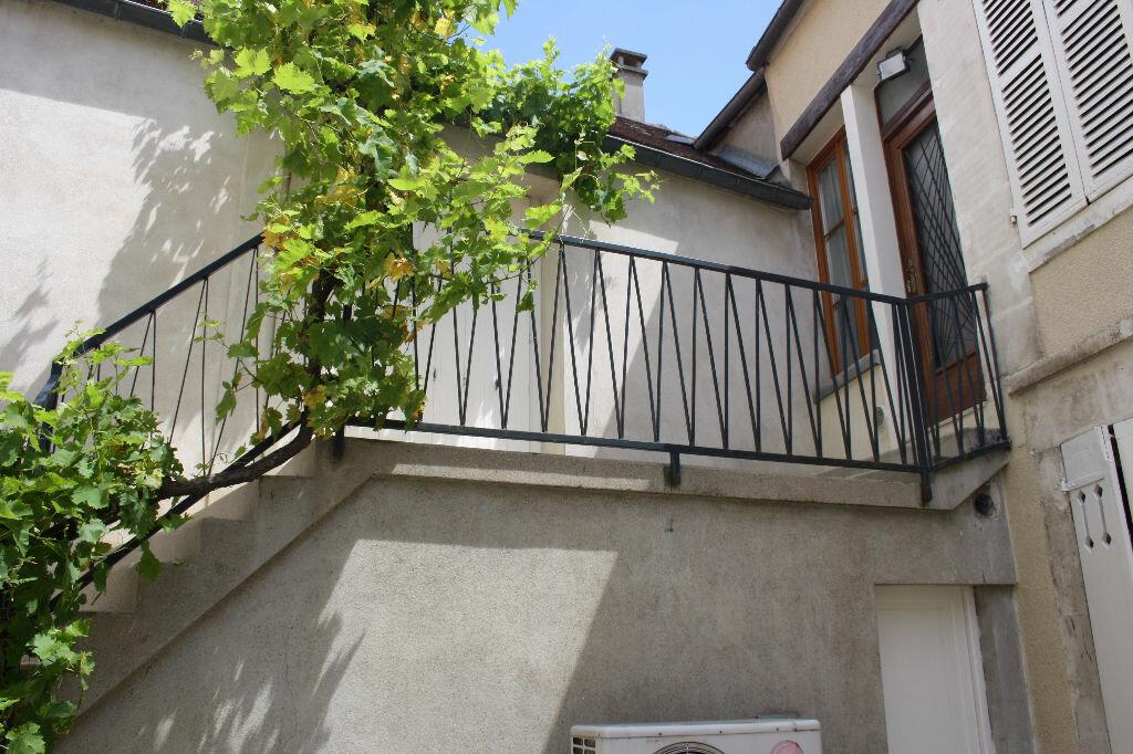 Achat Appartement 7 pièces à Auxerre - vignette-9