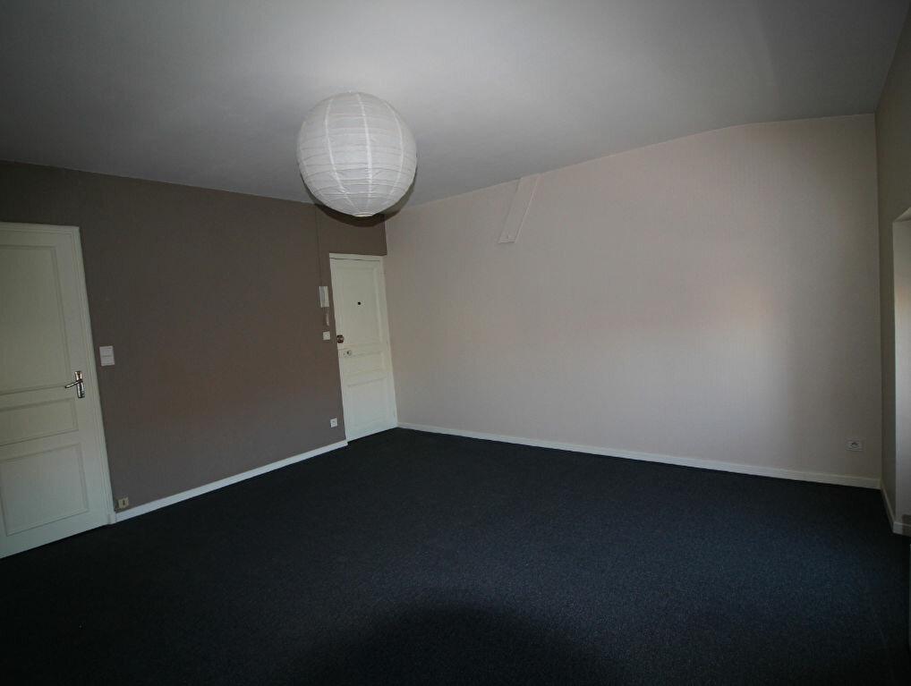 Location Appartement 1 pièce à Pamiers - vignette-1