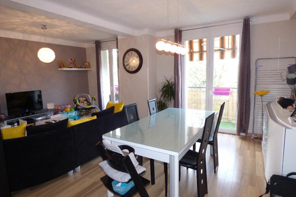 Achat Appartement 3 pièces à Villeneuve-Tolosane - vignette-1