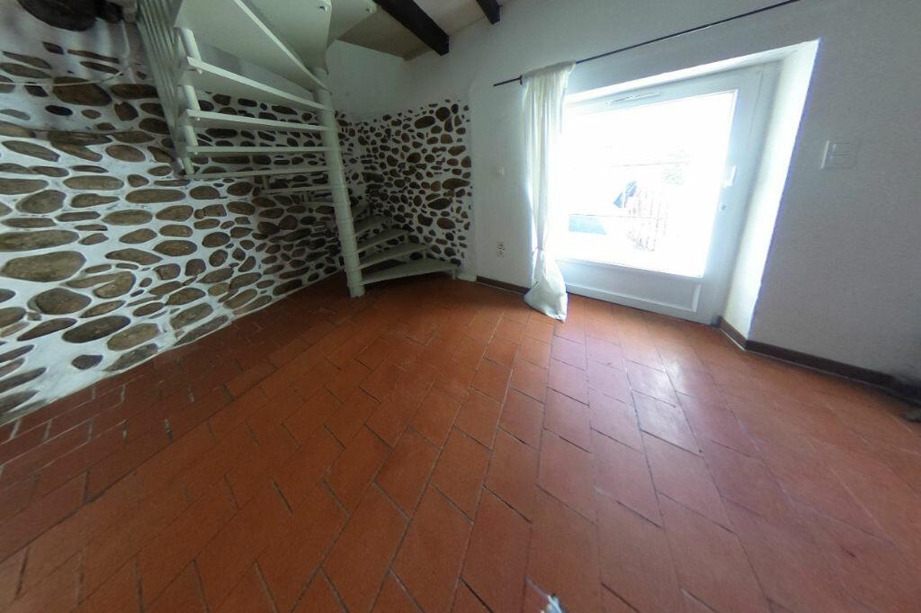 Achat Maison 4 pièces à Saint-Jean-du-Falga - vignette-1