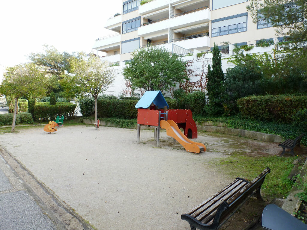 Achat Appartement 2 pièces à Marseille 8 - vignette-7