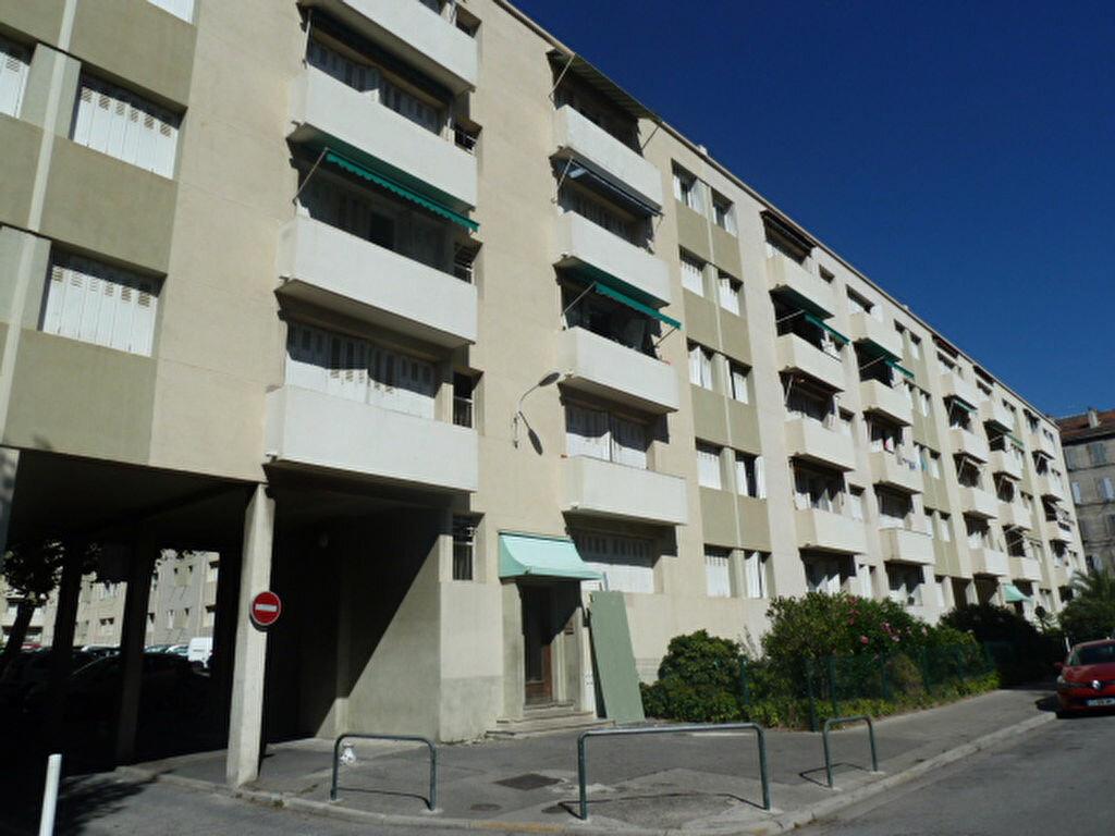 Location Appartement 3 pièces à Marseille 3 - vignette-2