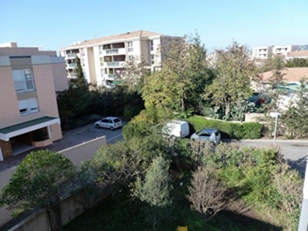 Achat Appartement 3 pièces à Marseille 8 - vignette-6
