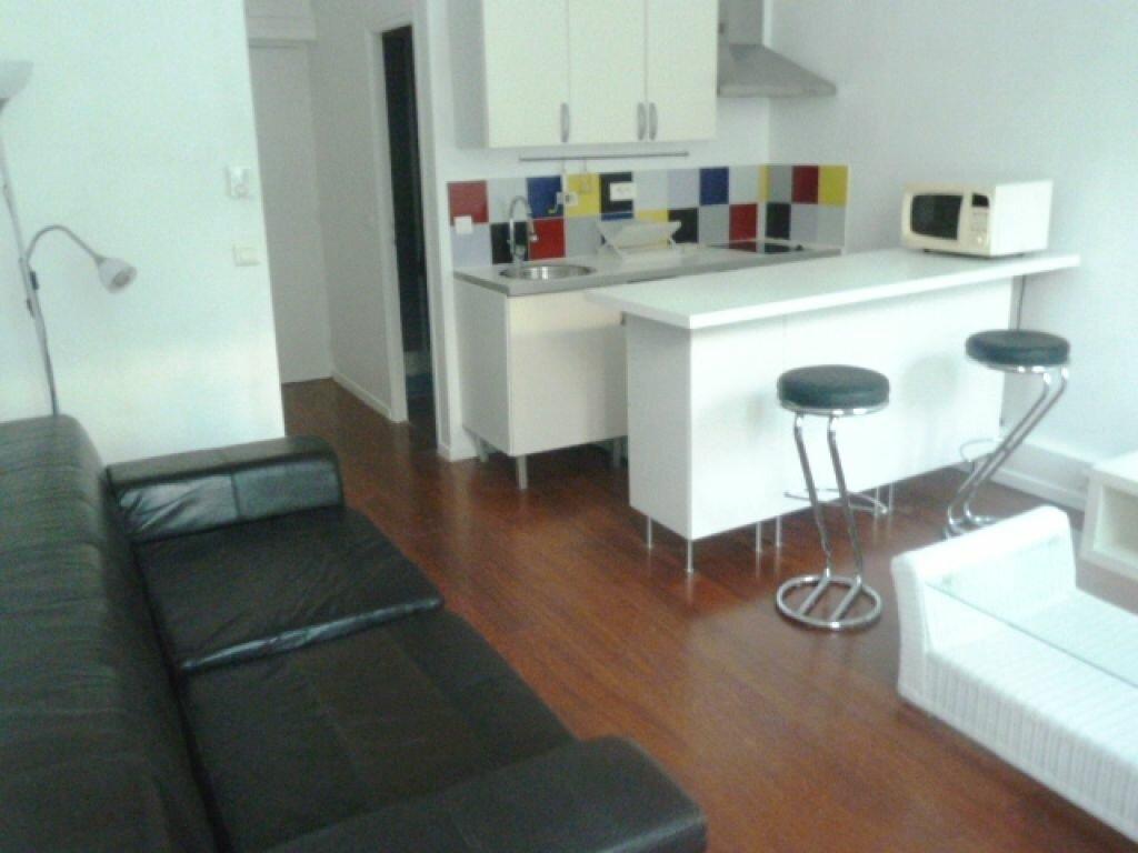 Location Appartement 2 pièces à Marseille 1 - vignette-1