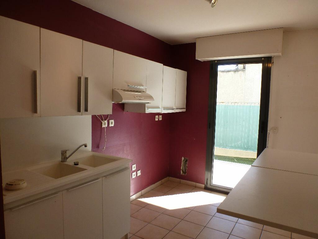 Achat Appartement 3 pièces à Marseille 8 - vignette-7