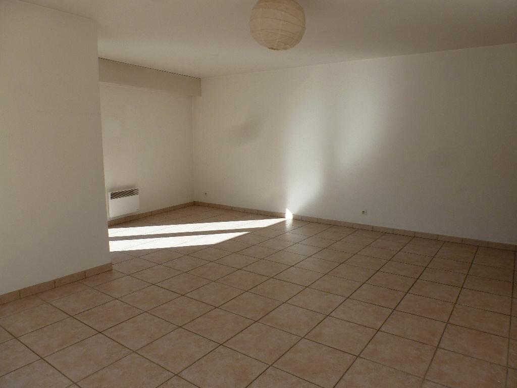 Achat Appartement 3 pièces à Marseille 8 - vignette-8