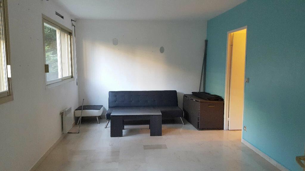Achat Appartement 1 pièce à Marseille 9 - vignette-2