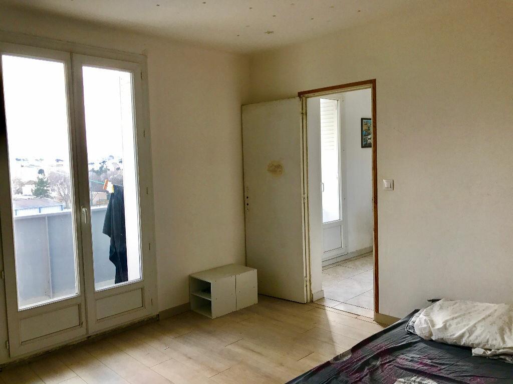 Achat Appartement 2 pièces à Marseille 9 - vignette-4