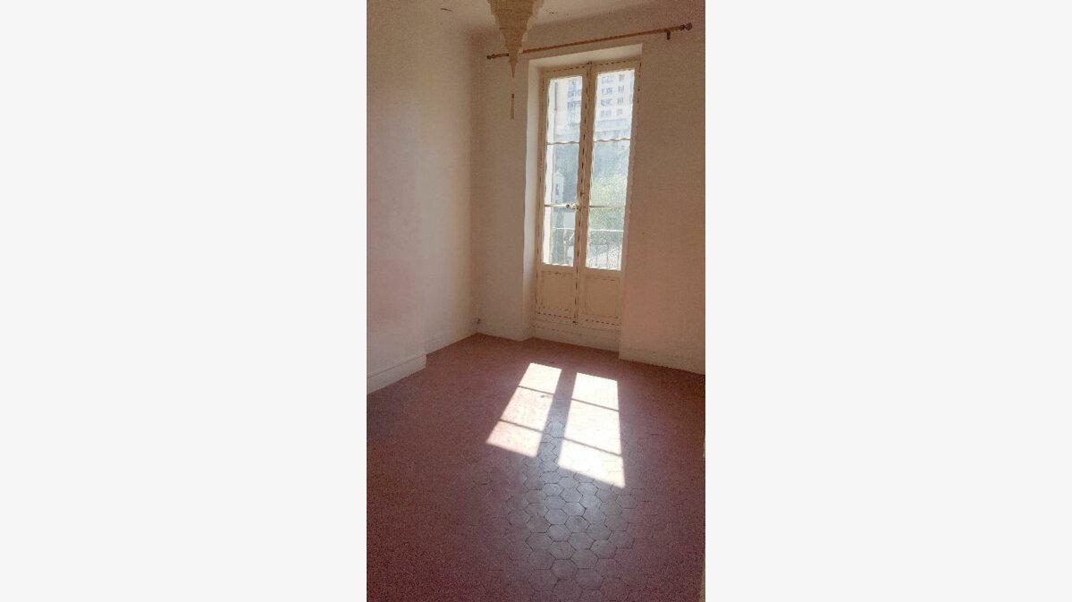 Achat Appartement 2 pièces à Marseille 6 - vignette-7