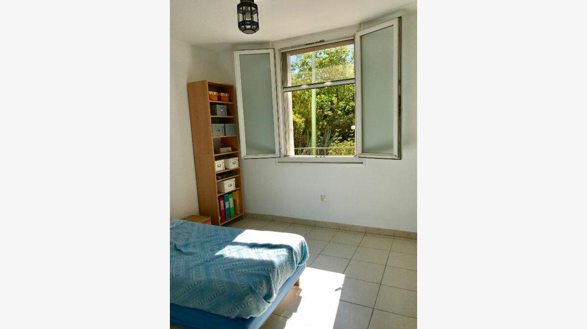 Achat Appartement 3 pièces à Marseille 9 - vignette-5