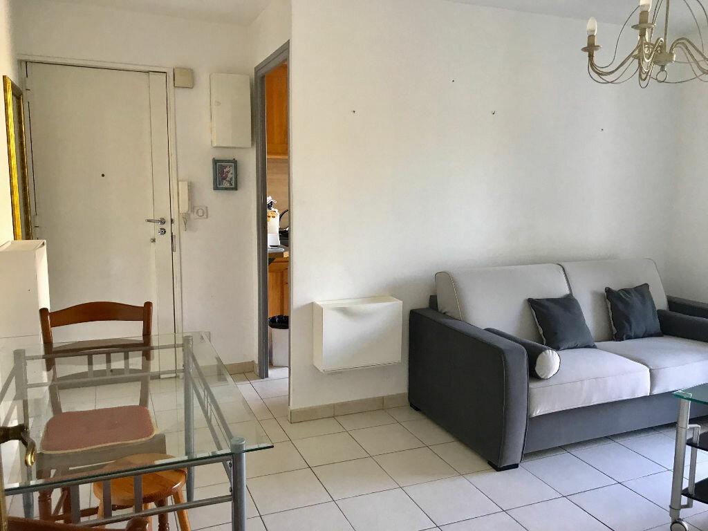 Achat Appartement 3 pièces à Marseille 9 - vignette-6