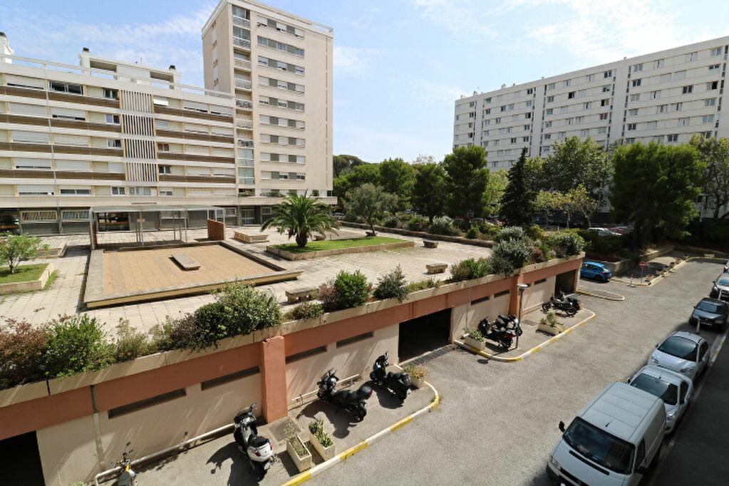 Achat Appartement 5 pièces à Marseille 9 - vignette-4