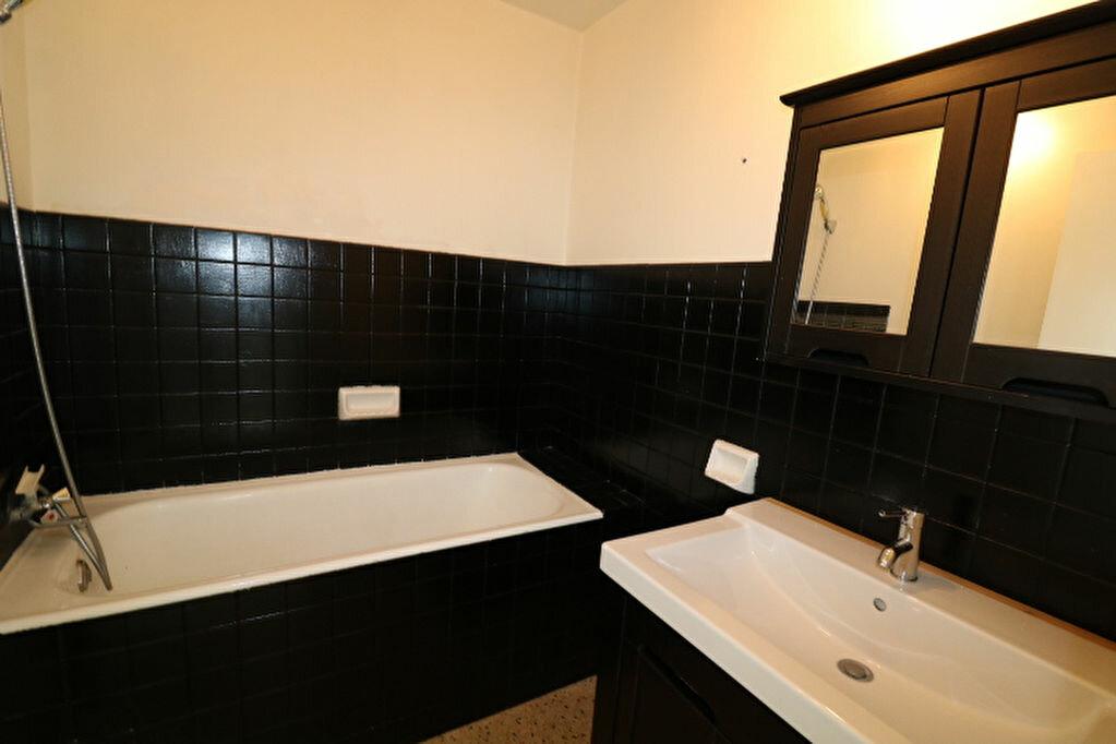 Achat Appartement 5 pièces à Marseille 9 - vignette-8