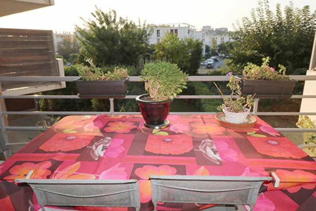 Achat Appartement 4 pièces à Marseille 8 - vignette-1