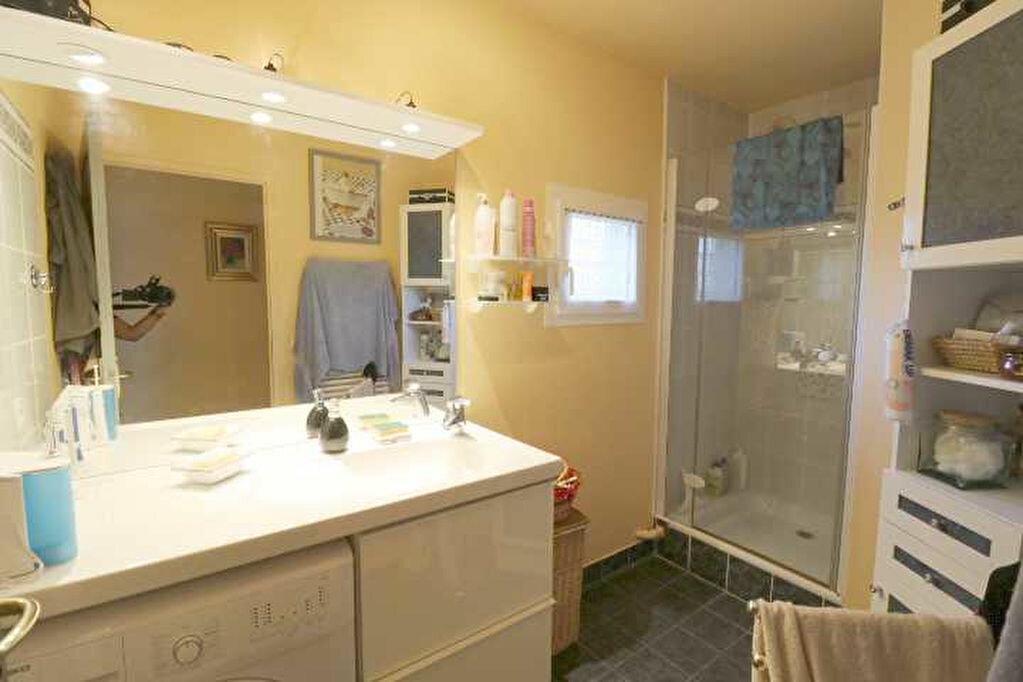 Achat Appartement 4 pièces à Marseille 8 - vignette-9