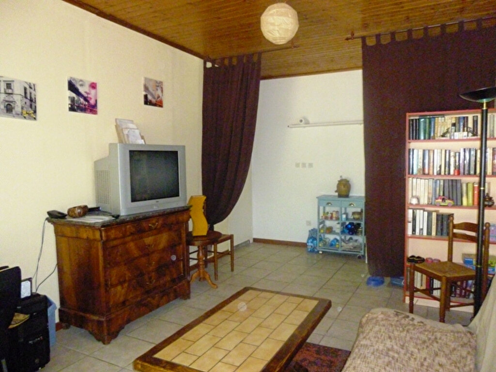 Achat Maison 5 pièces à Saint-Sulpice-de-Royan - vignette-7