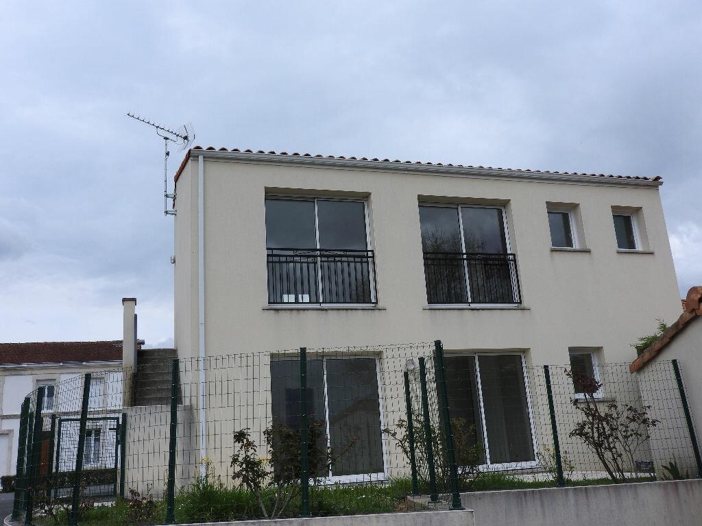 Achat Appartement 4 pièces à Saujon - vignette-1