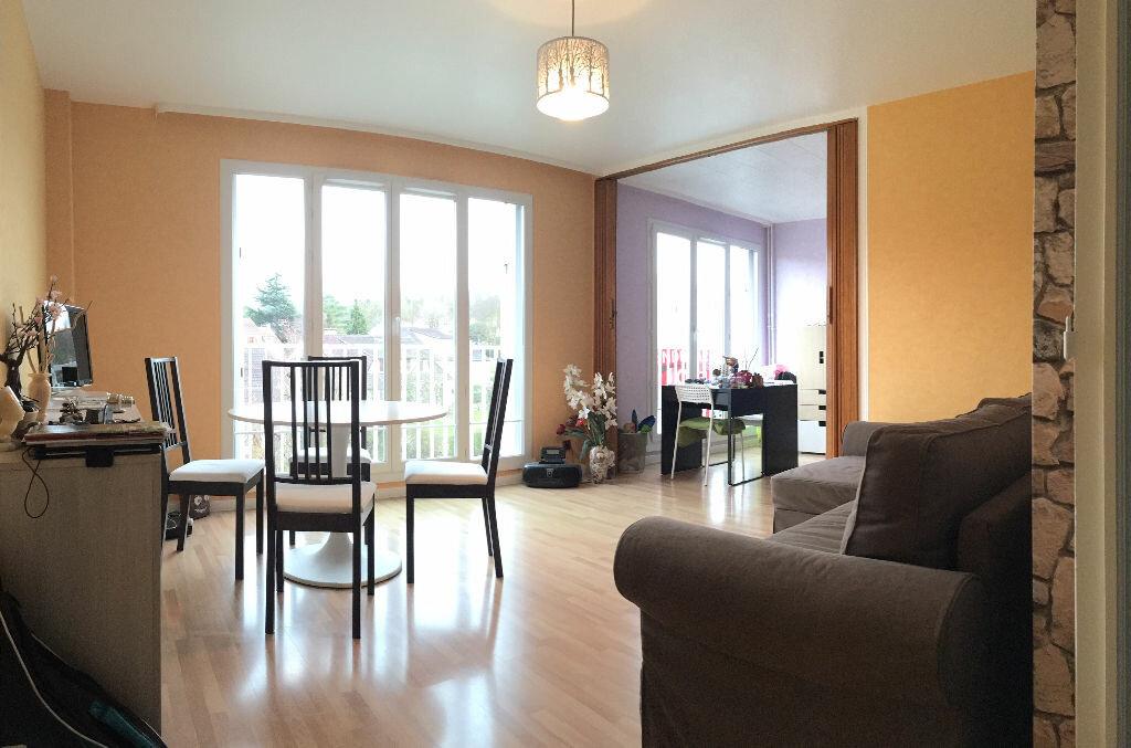 Achat Appartement 2 pièces à Villebon-sur-Yvette - vignette-1