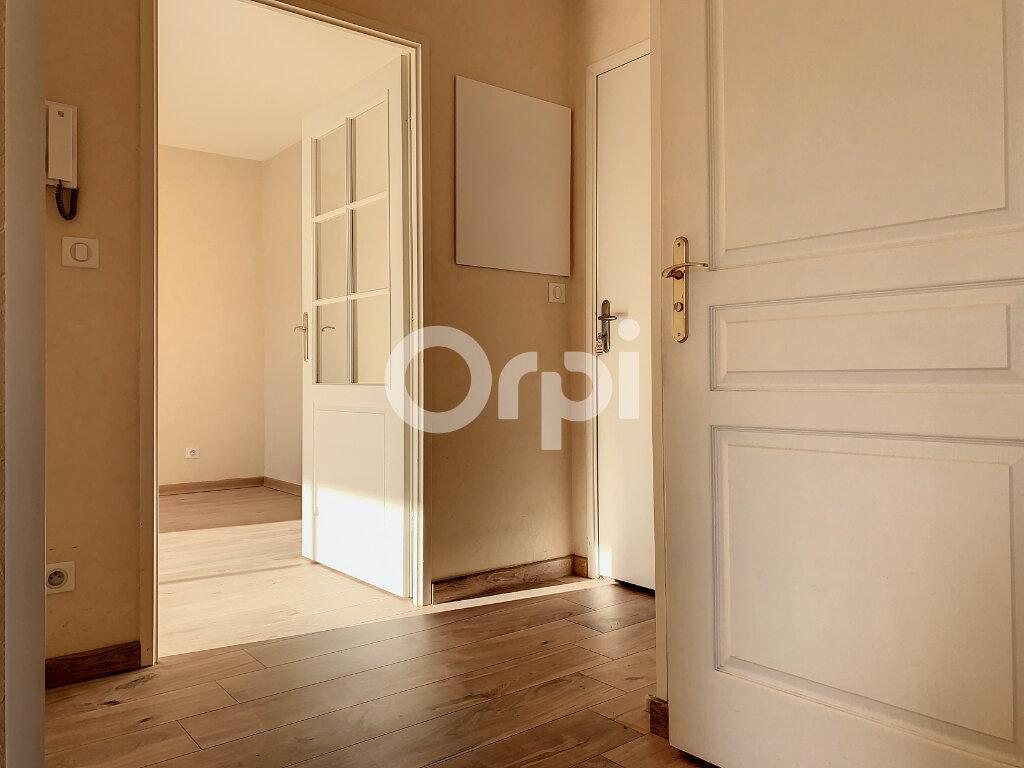 Location Appartement 2 pièces à Saint-Jean-de-la-Ruelle - vignette-1