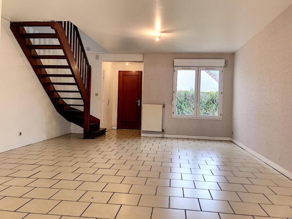Location Maison 5 pièces à Saran - vignette-1