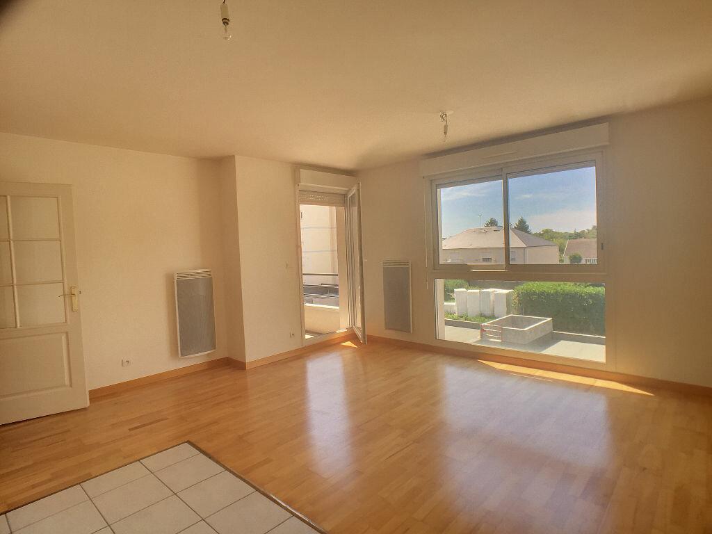 Location Appartement 2 pièces à La Chapelle-Saint-Mesmin - vignette-1