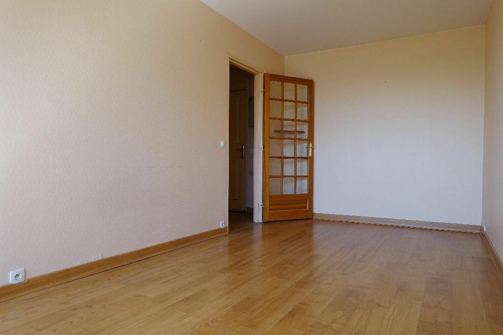 Location Appartement 1 pièce à Olivet - vignette-6