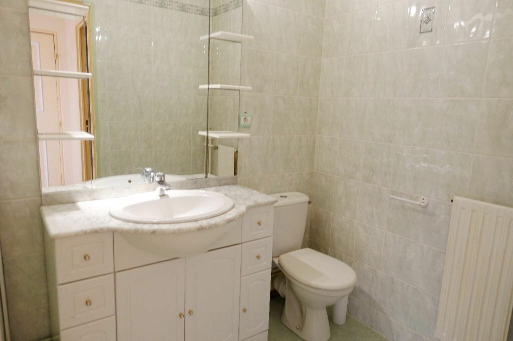 Location Appartement 1 pièce à Olivet - vignette-7