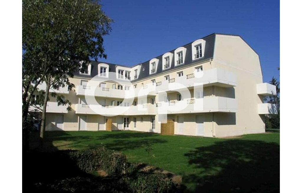 Location Appartement 2 pièces à Corbeil-Essonnes - vignette-2