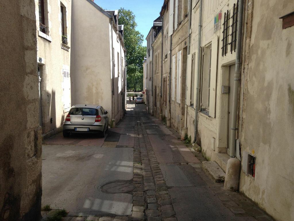 Achat Maison 3 pièces à Orléans - vignette-1