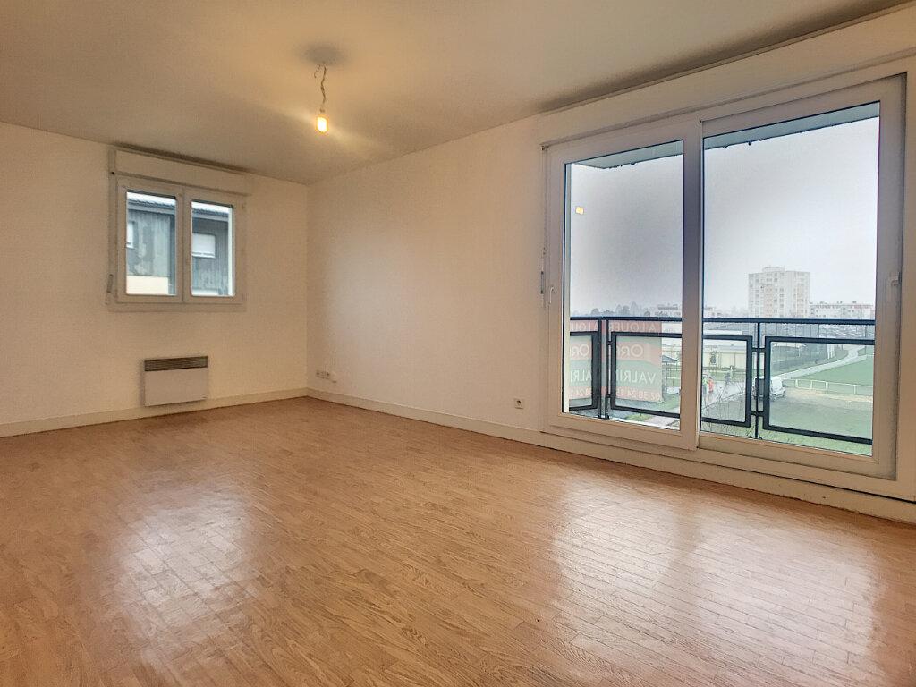 Location Appartement 2 pièces à Saint-Jean-de-Braye - vignette-2