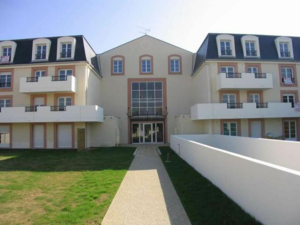 Location Appartement 4 pièces à Corbeil-Essonnes - vignette-1