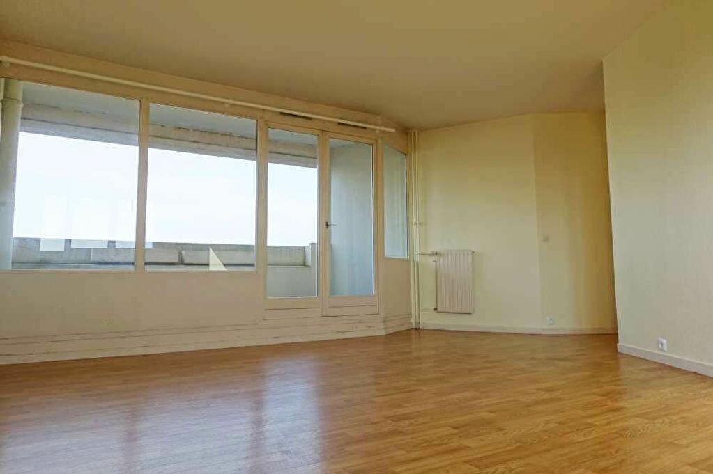 Achat Appartement 4 pièces à Olivet - vignette-1