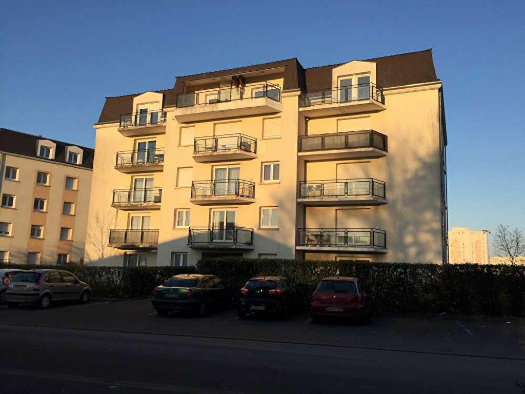 Location Appartement 3 pièces à Saint-Jean-de-Braye - vignette-2