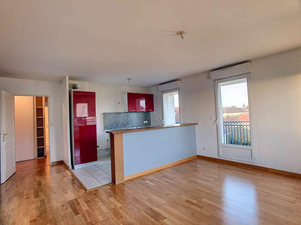 Location Appartement 3 pièces à Saint-Jean-le-Blanc - vignette-1