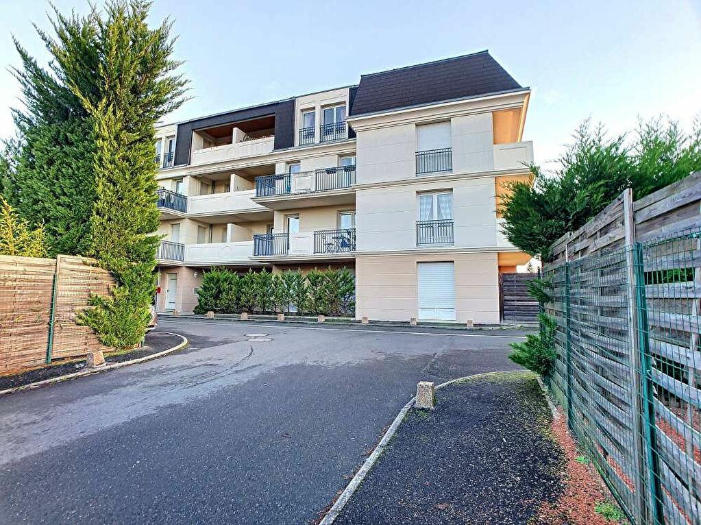 Location Appartement 3 pièces à Saint-Jean-le-Blanc - vignette-4