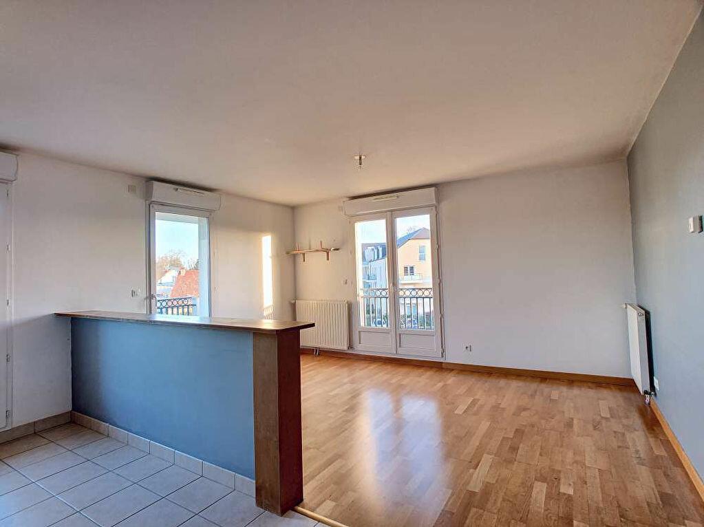 Location Appartement 3 pièces à Saint-Jean-le-Blanc - vignette-8
