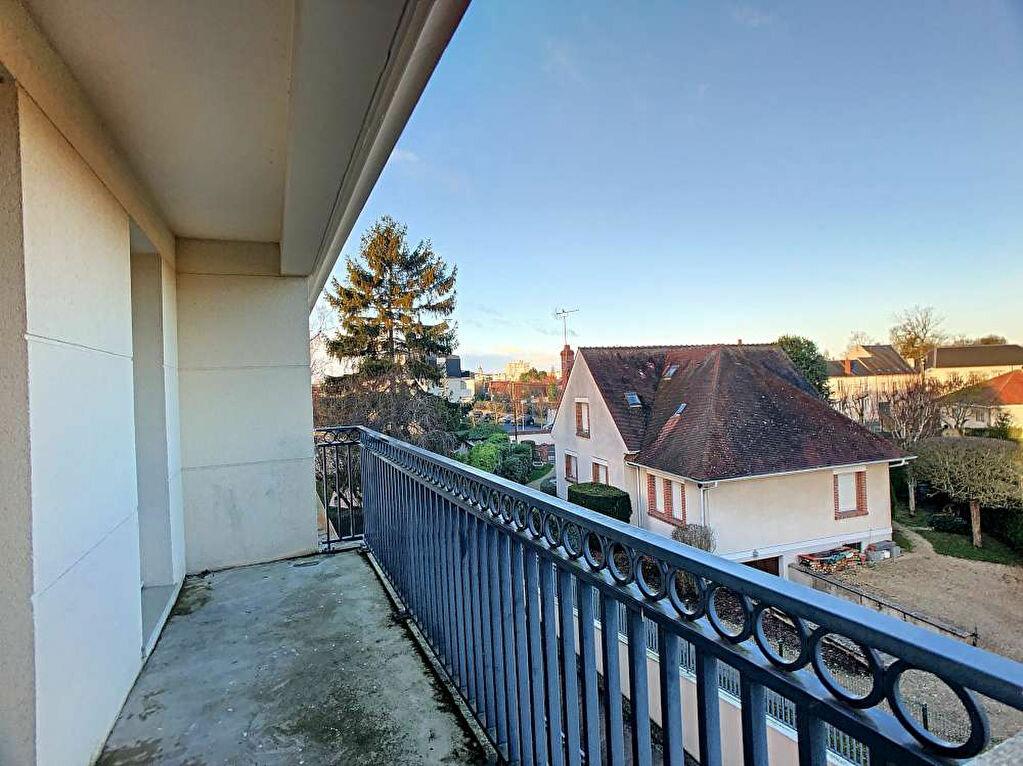 Location Appartement 3 pièces à Saint-Jean-le-Blanc - vignette-9