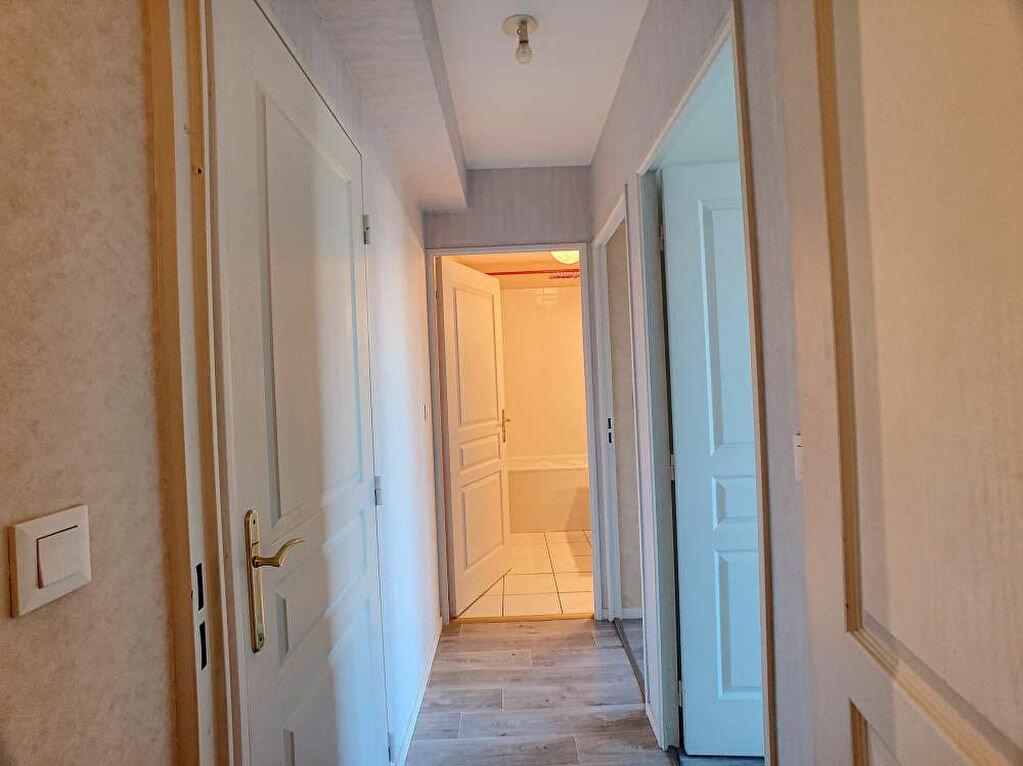 Location Appartement 3 pièces à Saint-Jean-le-Blanc - vignette-10