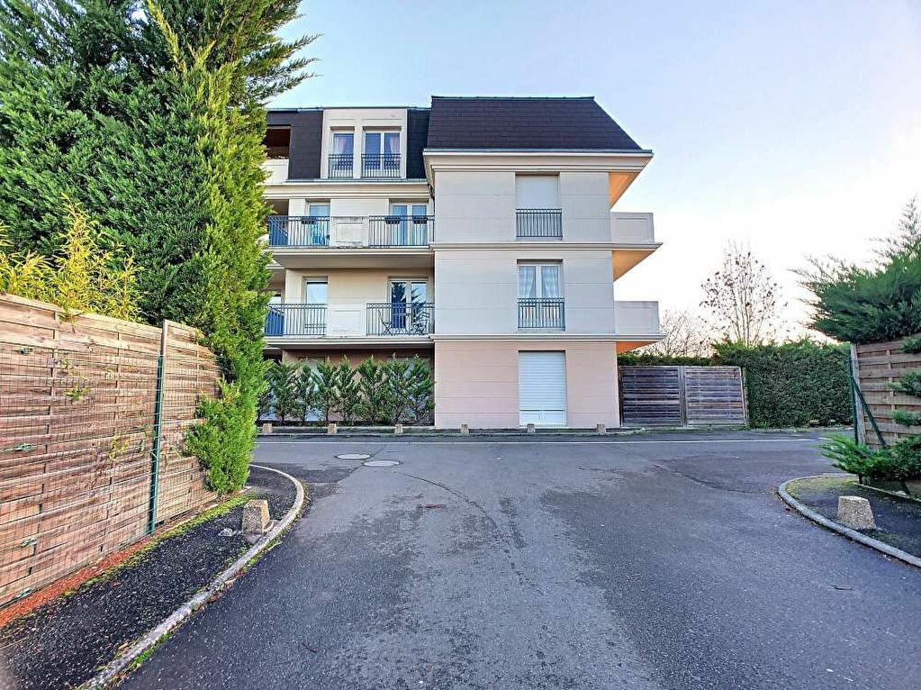Location Appartement 3 pièces à Saint-Jean-le-Blanc - vignette-12