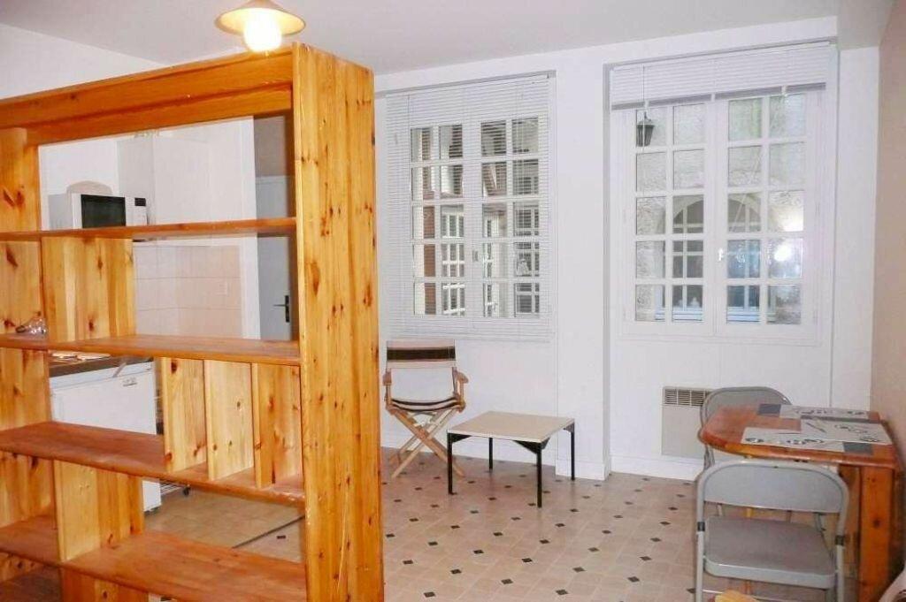 Location Appartement 1 pièce à Orléans - vignette-3
