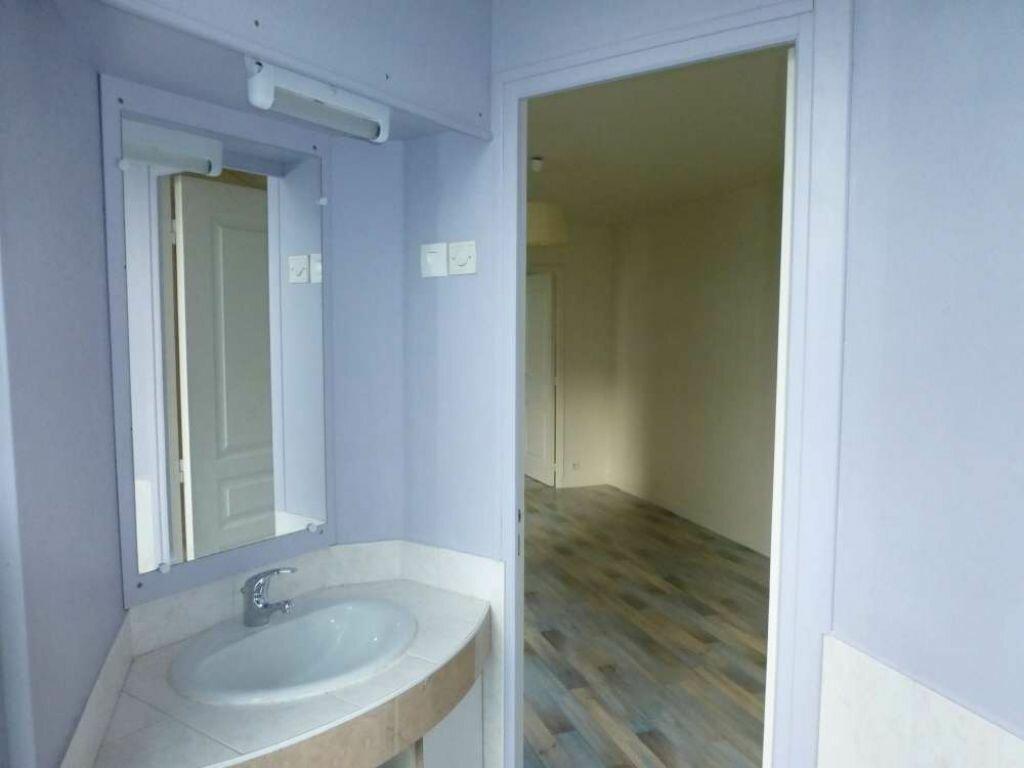 Location Appartement 3 pièces à Orléans - vignette-9