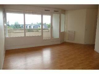 Location Appartement 4 pièces à Olivet - vignette-1