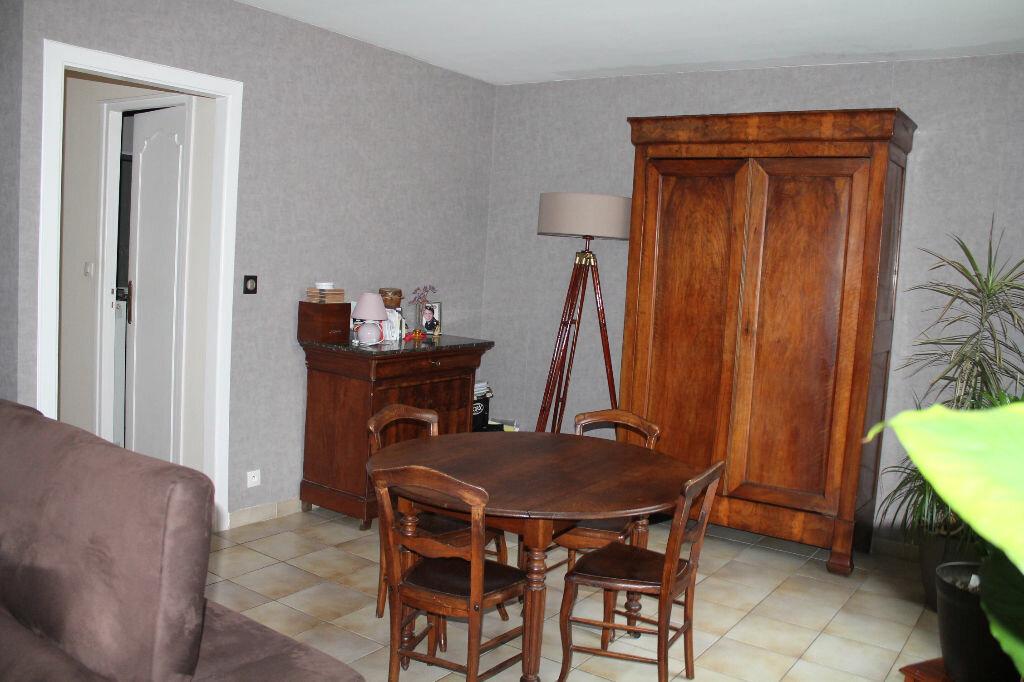 Achat Appartement 3 pièces à Marcq-en-Baroeul - vignette-2