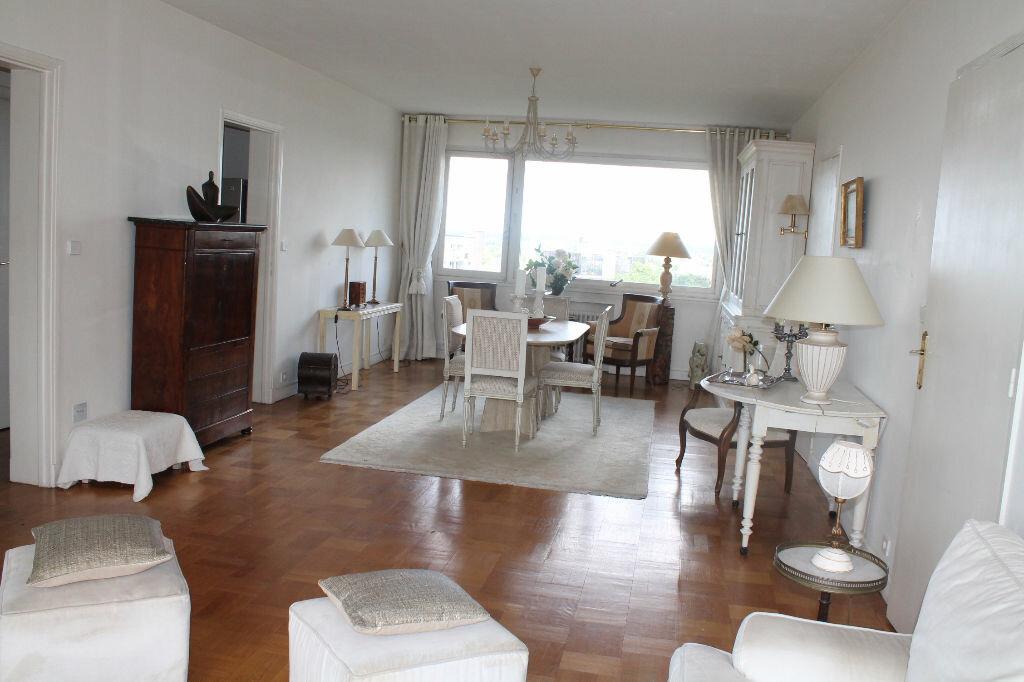 Achat Appartement 5 pièces à Lille - vignette-2