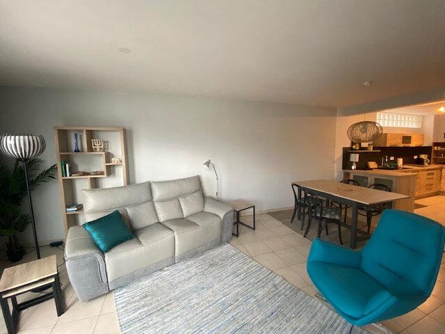 Location Appartement 4 pièces à La Seyne-sur-Mer - vignette-1