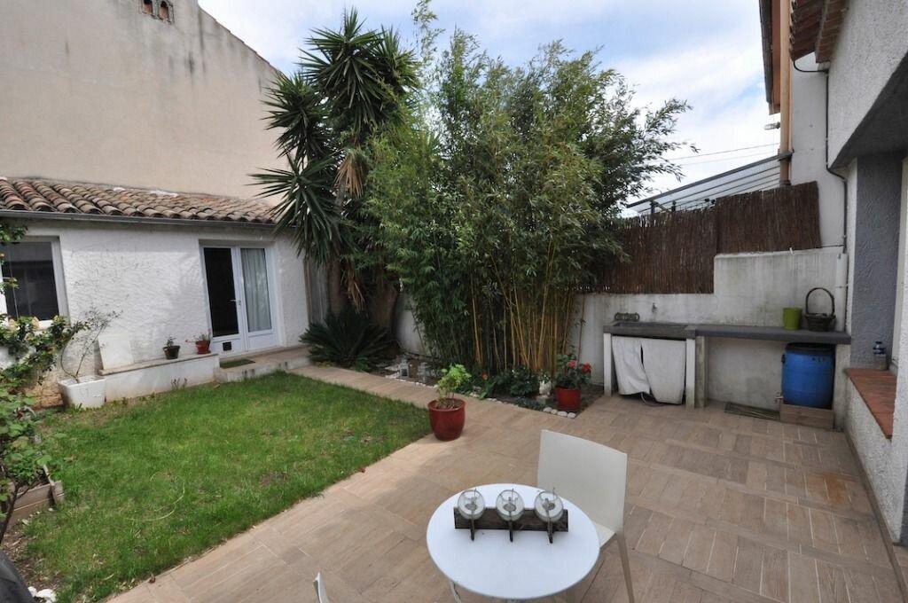 Location Maison 5 pièces à Toulon - vignette-1