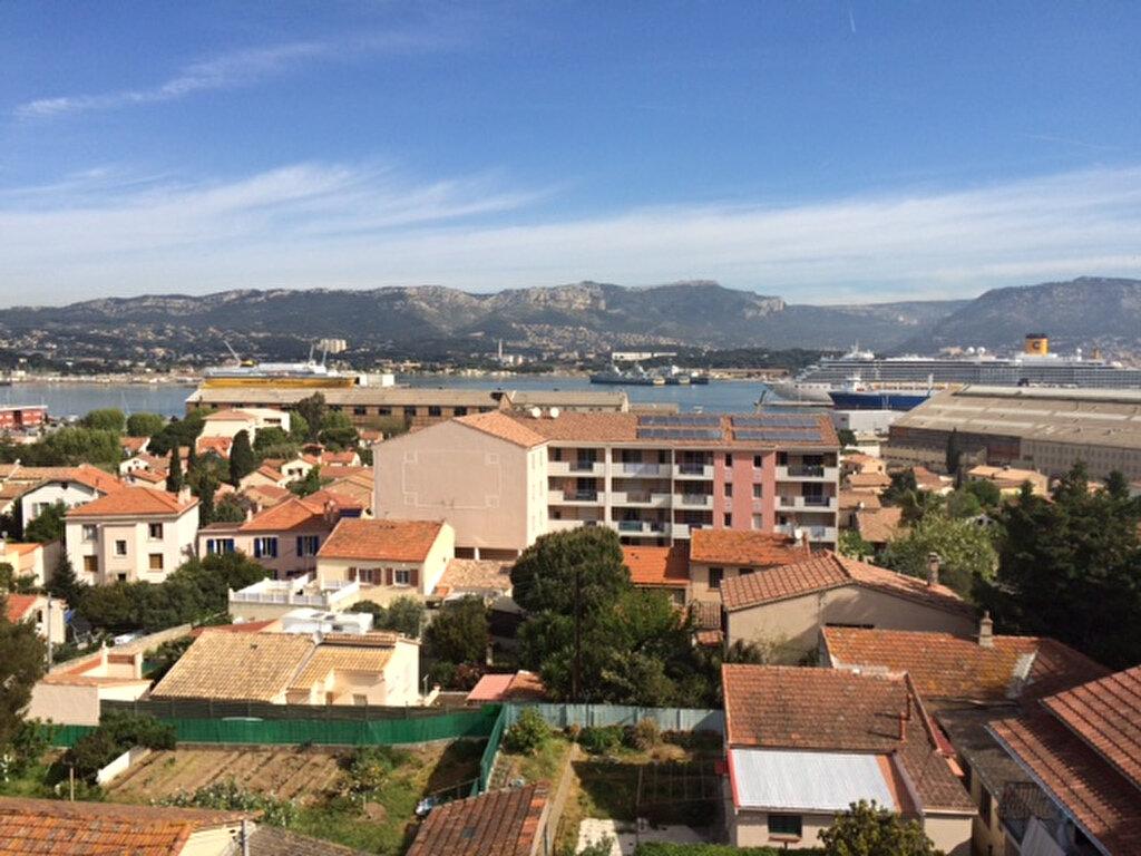 Location Appartement 3 pièces à La Seyne-sur-Mer - vignette-1