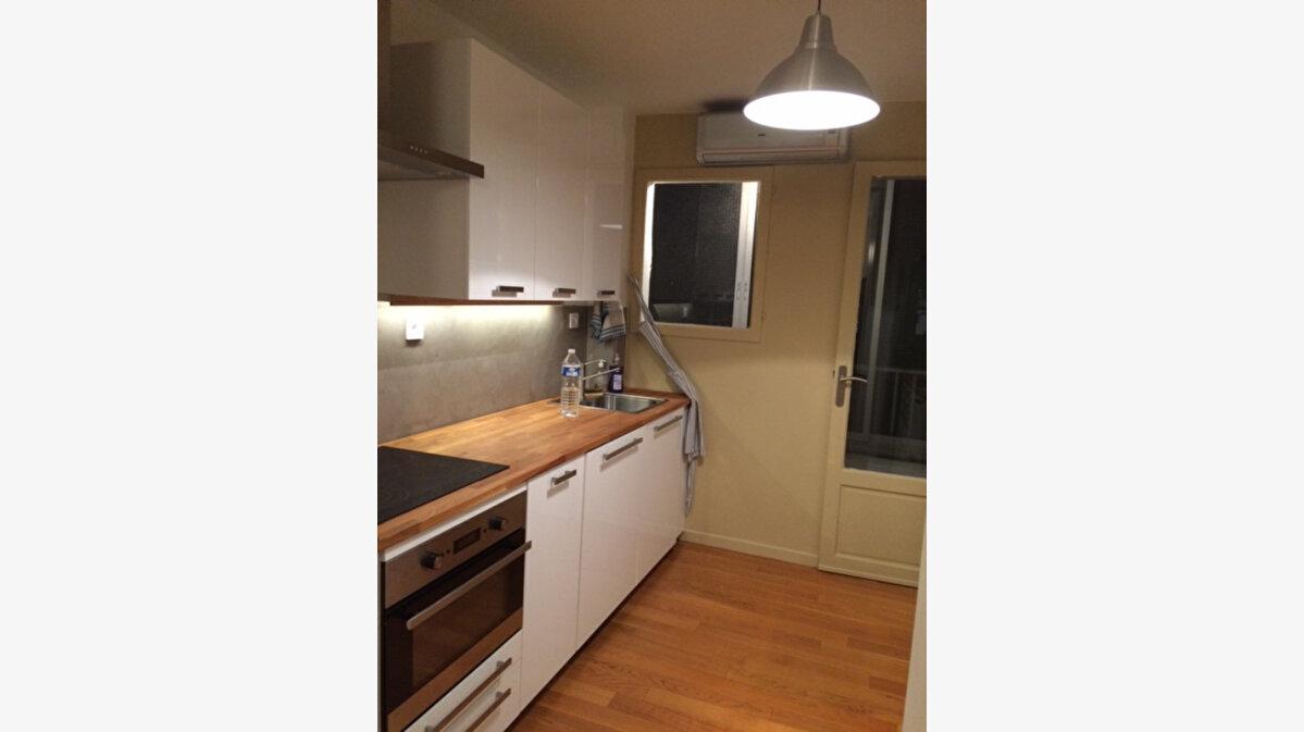 Location Appartement 3 pièces à La Seyne-sur-Mer - vignette-2
