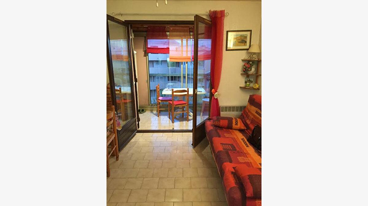 Achat Appartement 1 pièce à Sanary-sur-Mer - vignette-2