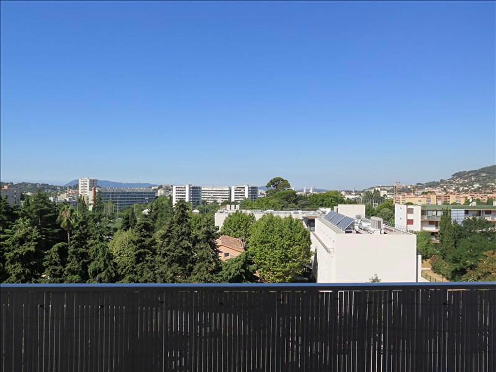 Achat Appartement 4 pièces à La Valette-du-Var - vignette-1